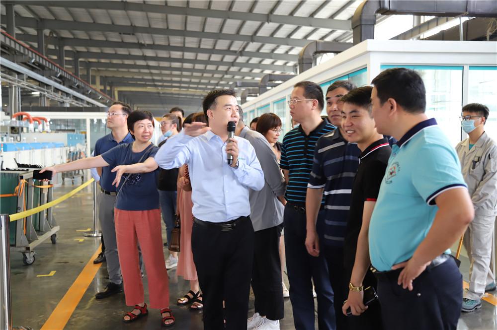 浙江建筑领域专家莅临兰迪机器参观考察